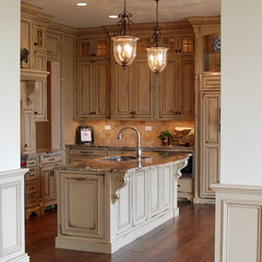 traditional kitchen by Michael Buss Architects, Ltd