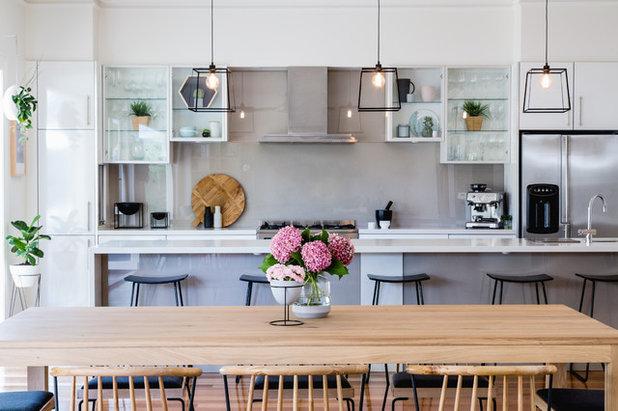 コンテンポラリー キッチン by Suzi Appel Photography