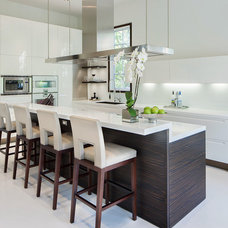Contemporary Kitchen by Adrian Holmes Photography Ltd.