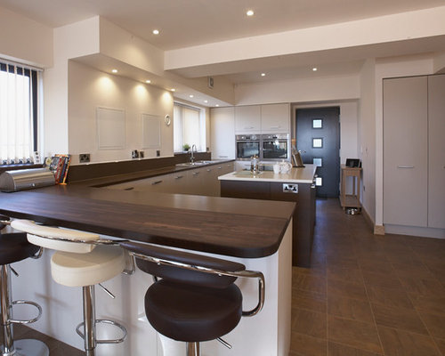 Contrasting Kitchen Island Home Design Ideas, Pictures, Remodel and Decor