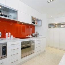 Contemporary Kitchen by Black Sheep Design Qld Pty Ltd