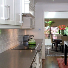 Contemporary Kitchen by Walden Homes