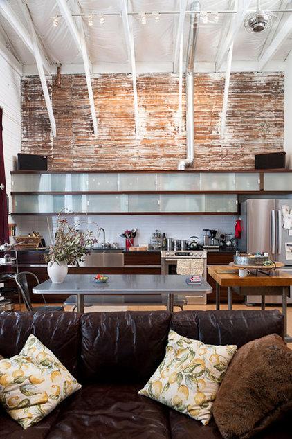 Eclectic Kitchen by Architect Mason Kirby Inc.