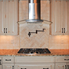 Traditional Kitchen by Nations Homes II