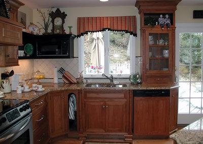 Traditional Kitchen By Susan Serra