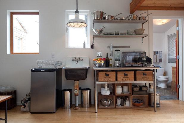Visite priv e un garage transform en un 23 m for Transformer garage en cuisine