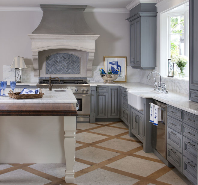 Traditional Kitchen by Flagg Coastal Homes