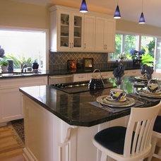 Traditional Kitchen by Kittrell & Associates Interior Design