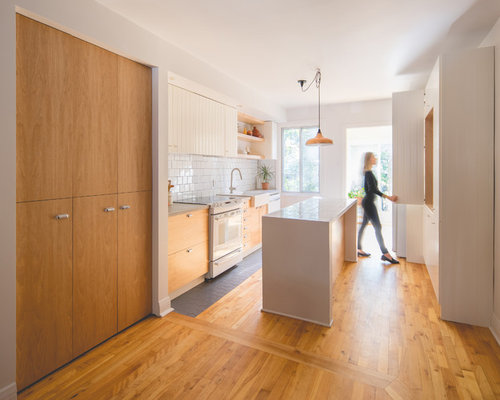 Mid Sized Contemporary Eat In Kitchen Pictures   Inspiration For A Mid Sized