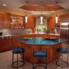 Modern Kitchen by Jacki Hunlow Design