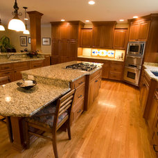 Traditional Kitchen by Dopko Cabinetry