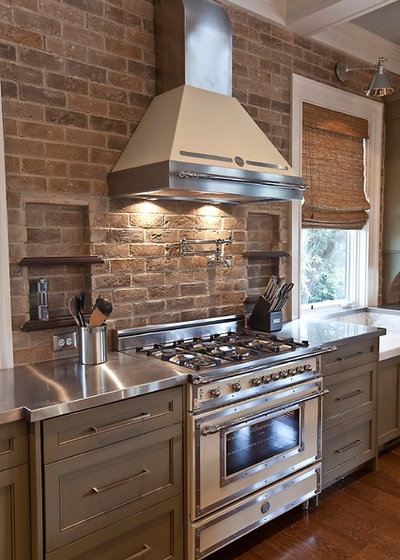 Farmhouse Kitchen by Phillip Smith General Contractor, LLC