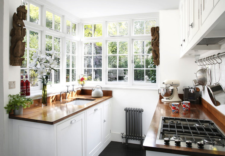 Traditional Kitchen by Alison Hammond Photography