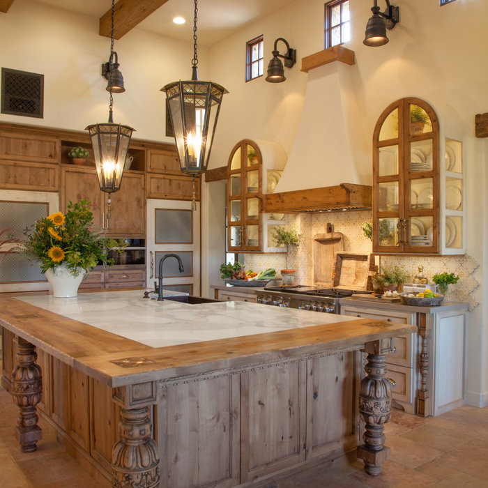 Italian Farmhouse Kitchen | Santaluz, CA