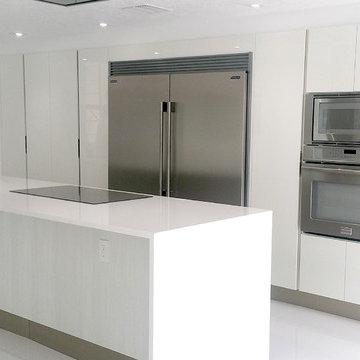 Italian Kitchen Design in White