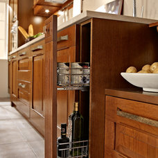 Traditional Kitchen by Yamini Kitchens & More