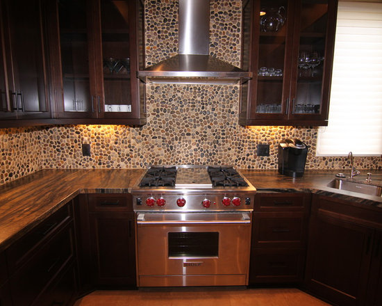 kitchen cabinets and design pebble backsplash houzz 20028