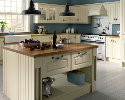 Kitchen design ideas renovations photos with beige for Beige painted kitchen cabinets