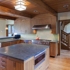 Rustic Kitchen by Howells Architecture + Design, LLC