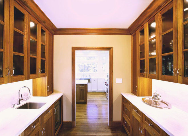 Traditional Kitchen by Upscale Construction