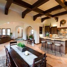 Mediterranean Kitchen by Isaman design, Inc.