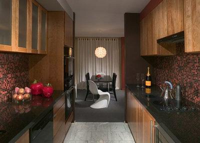 Contemporary Kitchen by James Woolum Design Inc.