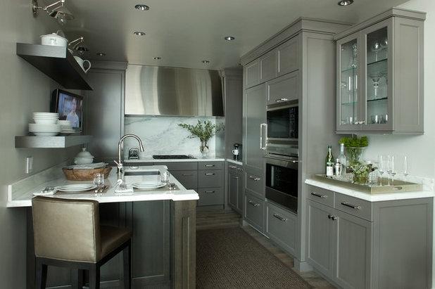 Contemporary Kitchen by jamesthomas Interiors