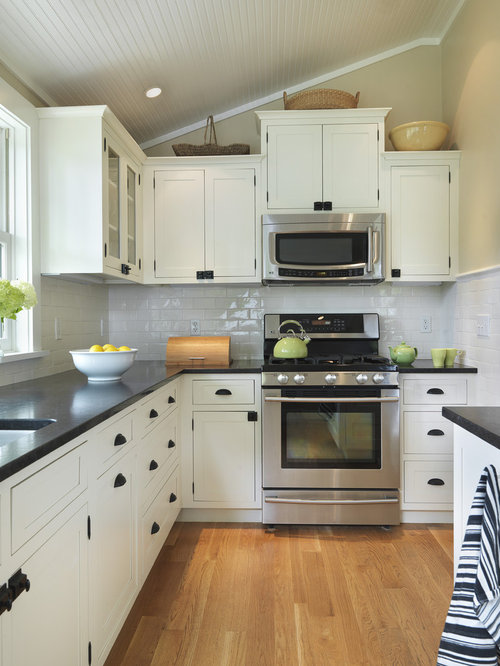 Elegant Kitchen Photo In Providence With Shaker Cabinets White Backsplash Subway
