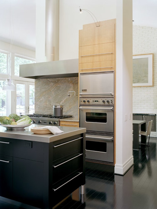 Contemporary U Shaped Open Plan Kitchen In St Louis With Flat Panel  Cabinets,