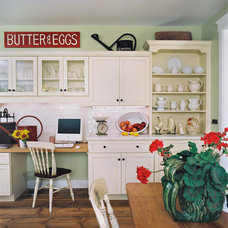 Traditional Kitchen by Jane Ellison