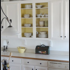 Traditional Kitchen janet  Metzger