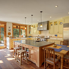 Traditional Kitchen by Texas Lightsmith