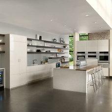 Modern Kitchen by Jenn-Air