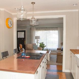 Urige Küche mit Kupfer-Arbeitsplatte in Portland