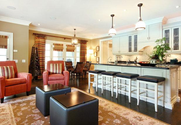 Traditional Kitchen by Jennifer Brouwer (Jennifer Brouwer Design Inc)