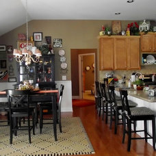Traditional Kitchen by Century 21, Results Realty Services