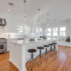 Craftsman Kitchen by JIM ARNAL, REALTOR / Hasson Company Realtors