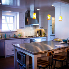 Contemporary Kitchen by SEABOARD | Millwork & Fine Cabinetry