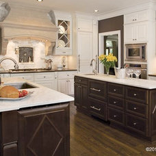 Traditional Kitchen by Meriwether Design Group