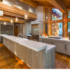 Contemporary Kitchen by THID