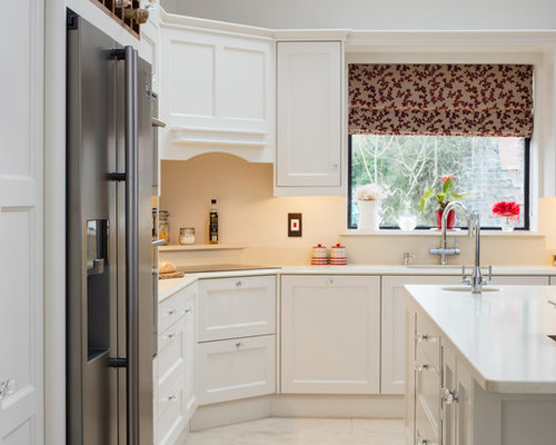 Jonathan williams hand painted kitchen from our claridge for Jonathan williams kitchens