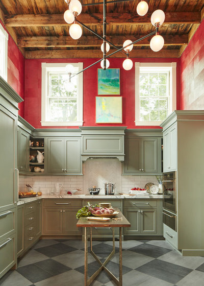 Transitional Kitchen by Vani Sayeed Studios