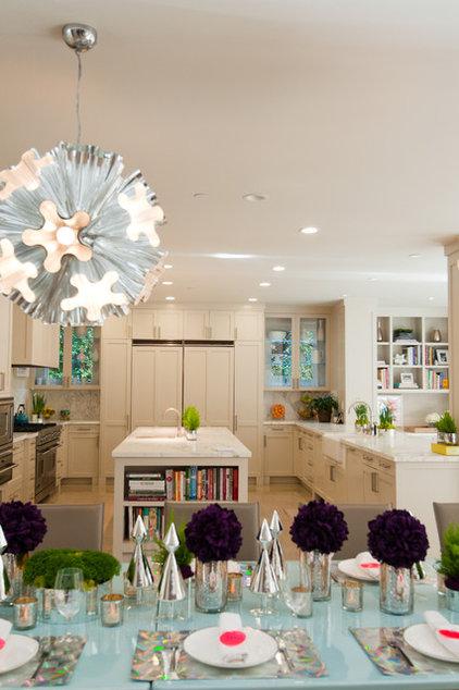 Contemporary Kitchen Jr. League San Mateo House