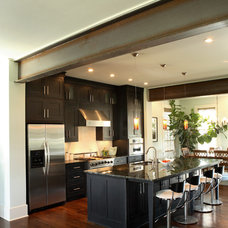 Contemporary Kitchen by JR McDowell Homes