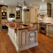 Traditional Kitchen by Julie Mifsud