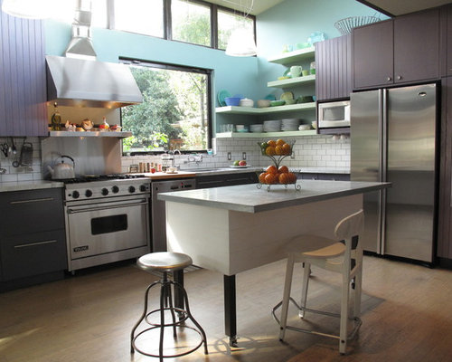 Large Contemporary Eat In Kitchen Inspiration   Large Trendy L Shaped Light  Wood Floor