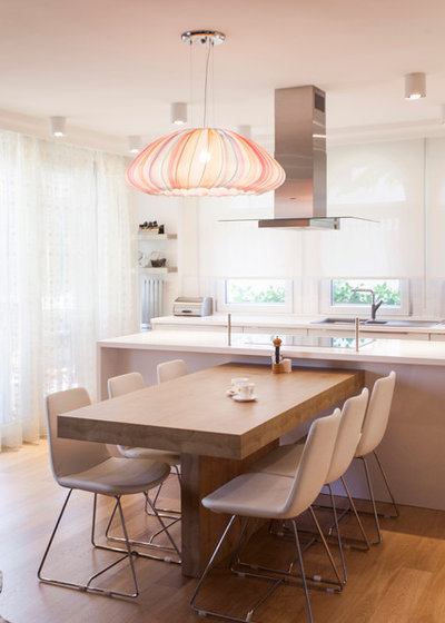 Contemporary Kitchen by Neslihan Pekcan/Pebbledesign
