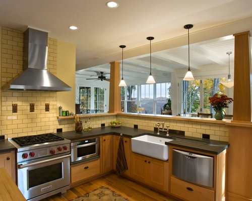 Kitchen remodel projects traditional kitchen tampa by kitchen - Space Saver Microwave Home Design Ideas Pictures Remodel