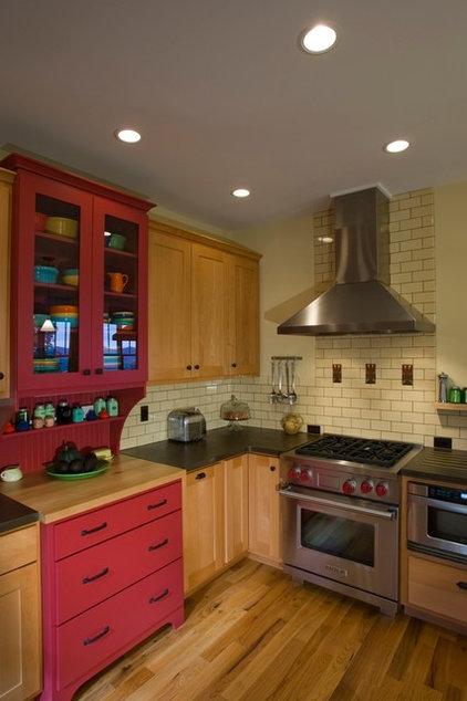 Traditional Kitchen by Thomas Lawton Architect