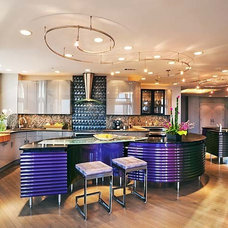 Contemporary Kitchen by Kitchens By Kleweno